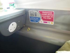 列車(ヴァージンエキスプレス)の中の電源