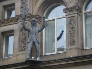 ポール・マッカートニーの像